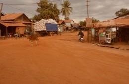Ehedad kaadrid elust Kambodžas