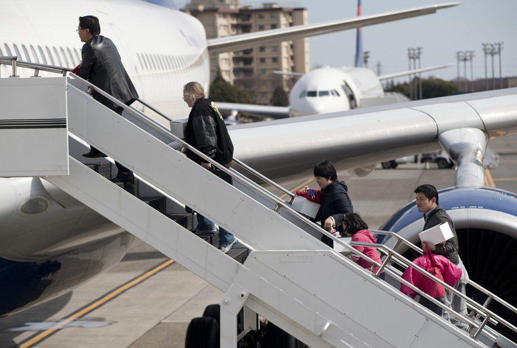 aircraft-655508_1280