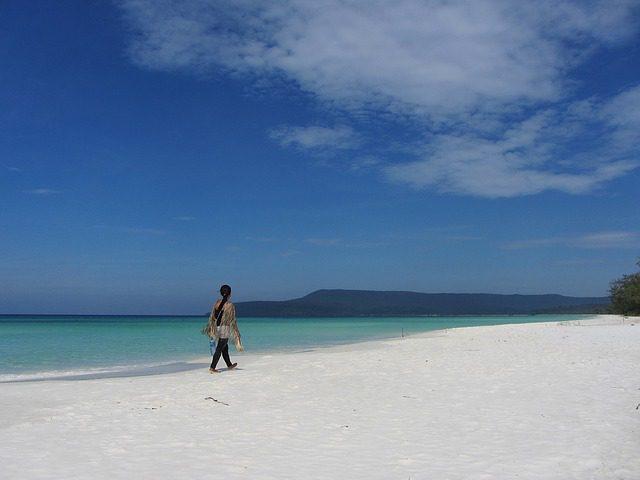 beach-1074844_640
