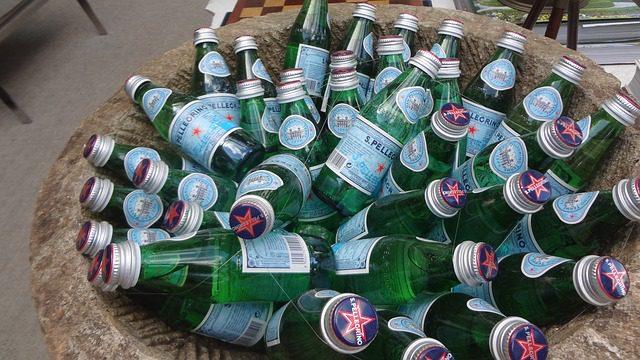 bottles-368909_640