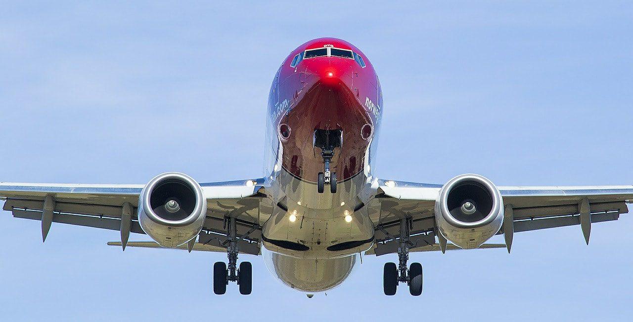 flight-546204_1280-min