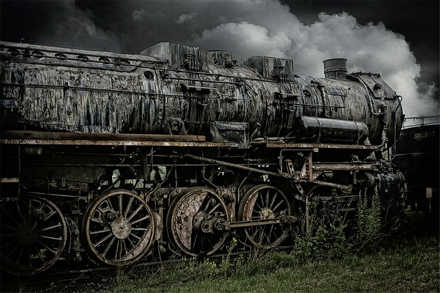 loco-178092_640
