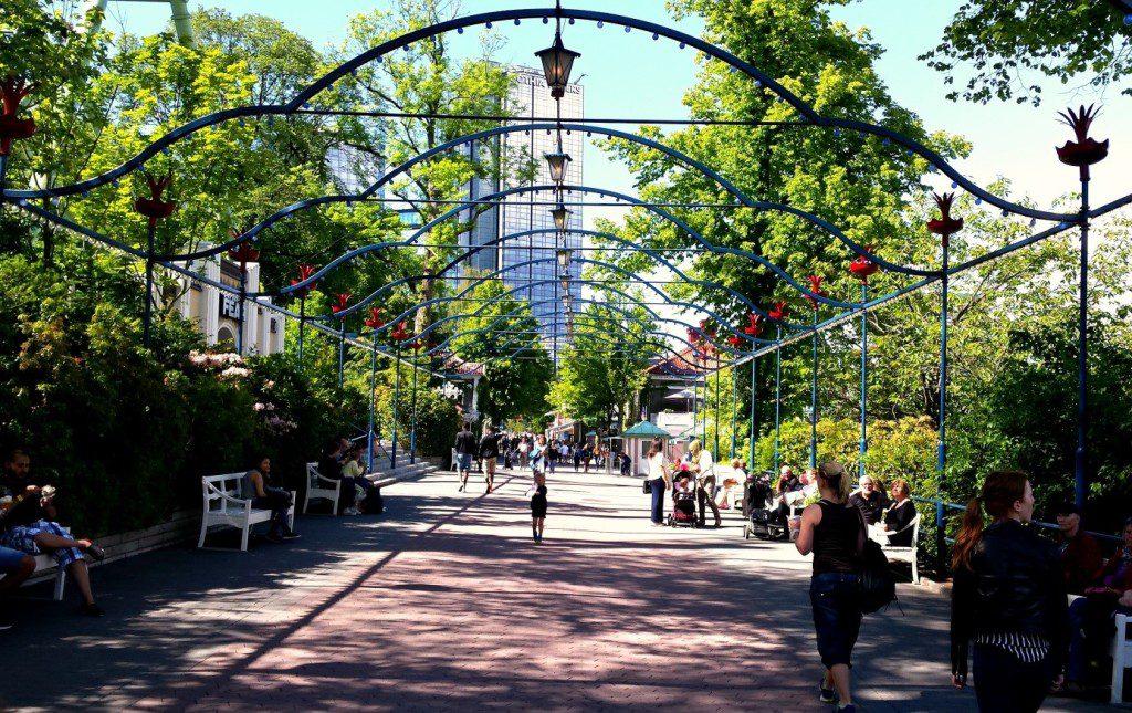 Liseberg lõbustuspark, mis on väga ilus ja äge koht. Kindlasti tasub suvel sinna minna.