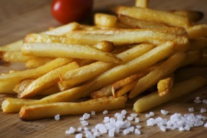 french-fries-923687_1280-min