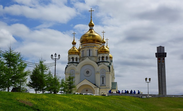 cathedral-885670_640