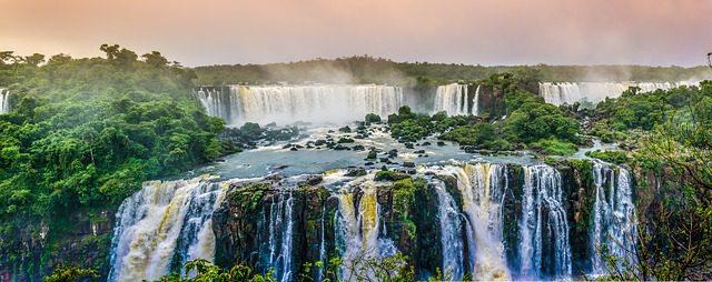 waterfall-1417102_640